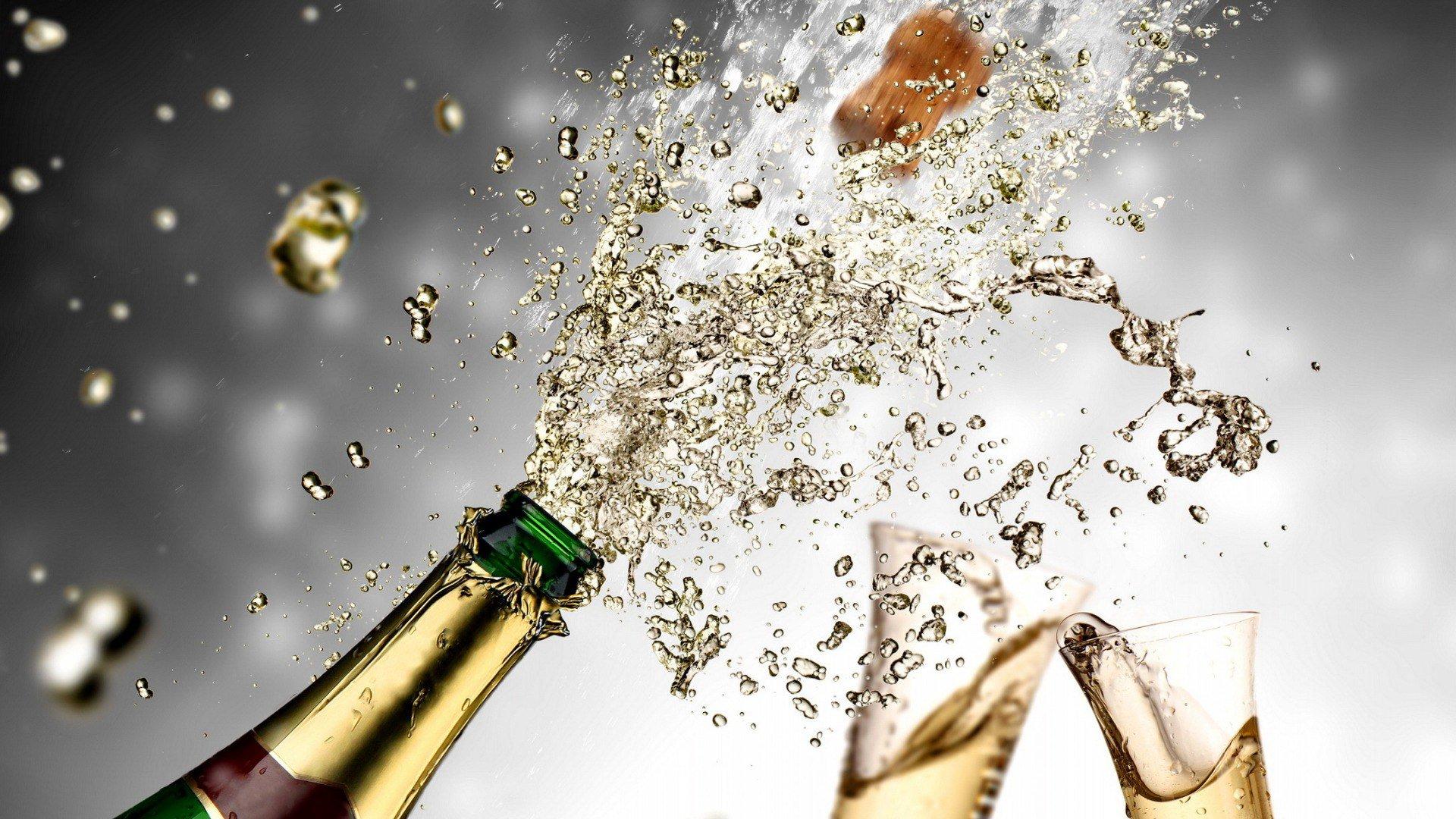 Картинки с днем рождения бокалы шампанского