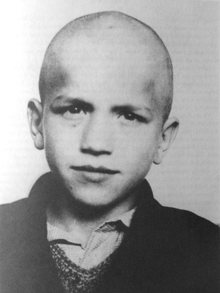 Euthanasie an Kindern: Heute vor 74 Jahren wurde Ernst Lossa per Giftspritze ermordet - weil er als 'unerziehbar' galt. Er war erst 14 (aus dem -Archiv) https://t.co/QzxP8B3iKw