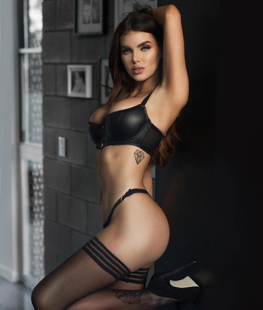 Pictures Nicole Thorne nudes (33 foto and video), Topless, Fappening, Feet, braless 2015