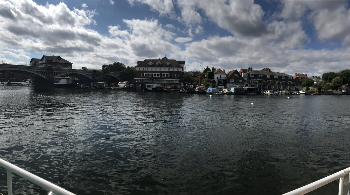 Lovely afternoon wishing an enjoyable trip to some of our younger beneficiaries who are off for a weekends fun on a riverboat with @TheVenturer &amp; @sail4cancer #Cancer #creatingmemories #sailing #riverboatday<br>http://pic.twitter.com/roc33IQTzE
