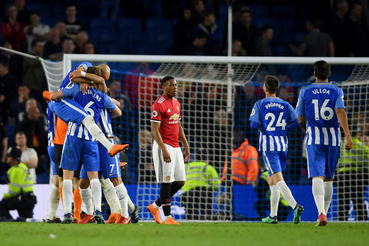 2 - Brighton have won their last two home league games against Manchester United, with these games being spaced almost 36 years apart (1-0 in November 1982, 1-0 in May 2018). Soaring.
