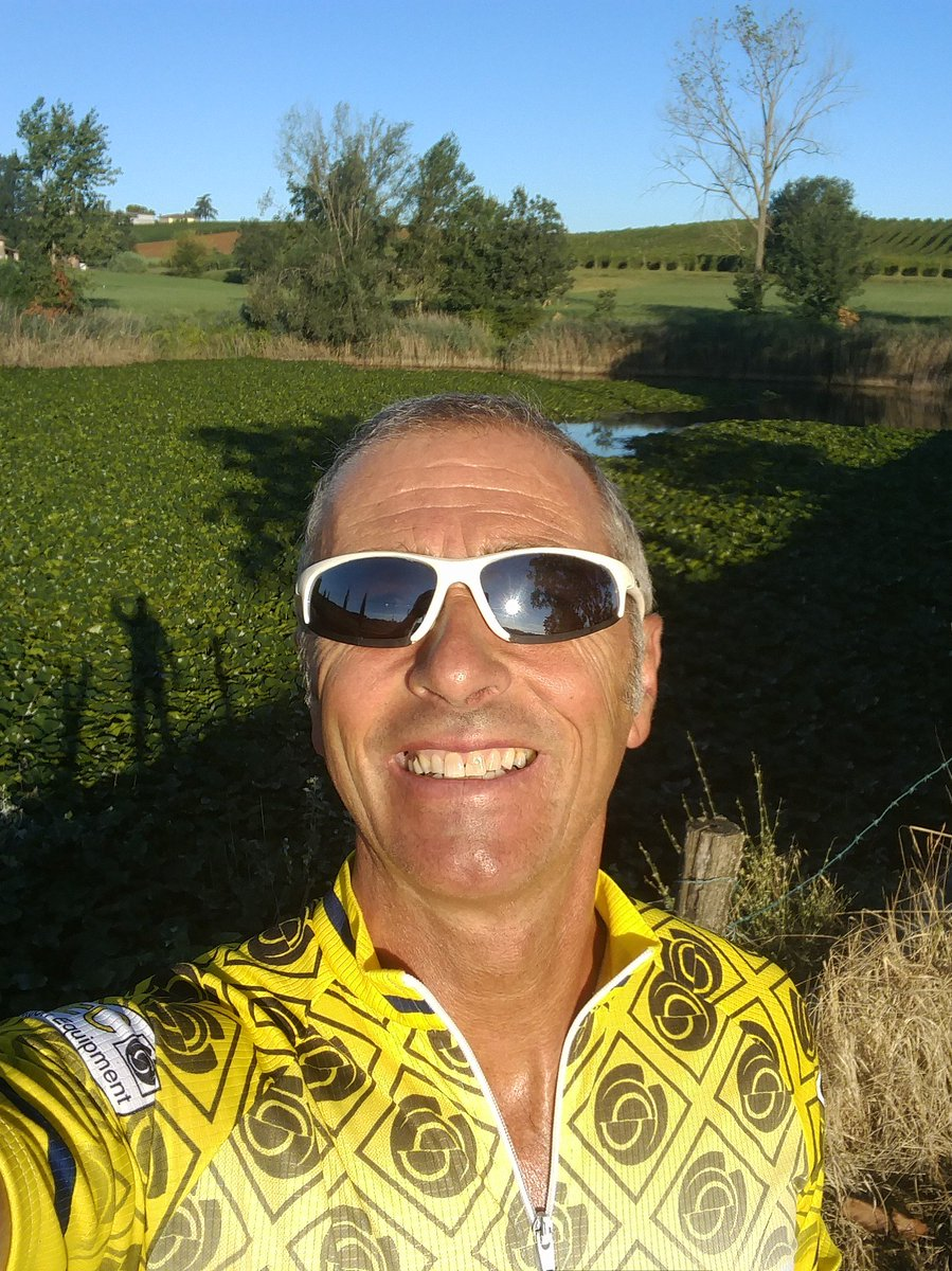 Solito giro in bici stamattina... #mountainbike #sundaymorning #training #fitness #sunshine #photography  - Ukustom