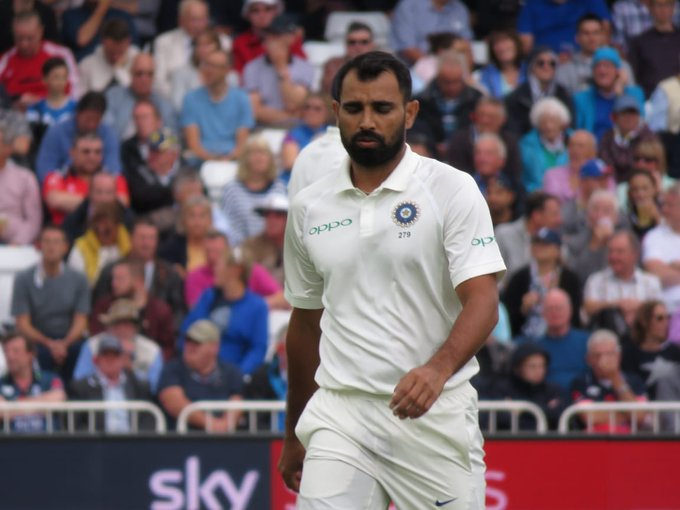 Innings Break! Oh boy! What a session #TeamIndia bowlers have had. England all out for 161, trail India (329) by 168 runs. First 5-wkt haul for @hardikpandya7 in Test cricket. Live - #ENGvIND Photo