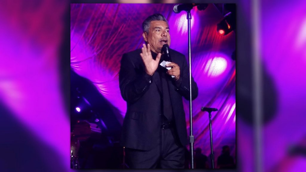 Enrique Iglesias, Maroon 5, George Lopez perform at Thomas J. Henry event  http:// bit.ly/2vUzvmw  &nbsp;  <br>http://pic.twitter.com/35INVxNX7h