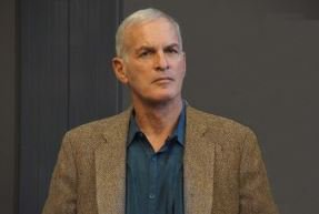 #NormanFinkelstein indicates: by what right do unelected Jewish Elite Organisations have to impose policy on our elected Labour Party, especially when only 15% of Jews support Labour; large majority of Jews vote Tory. Their goal is to get rid of Corbyn. #MOATS #PalestineSpeakUp<br>http://pic.twitter.com/OE23u3haPY