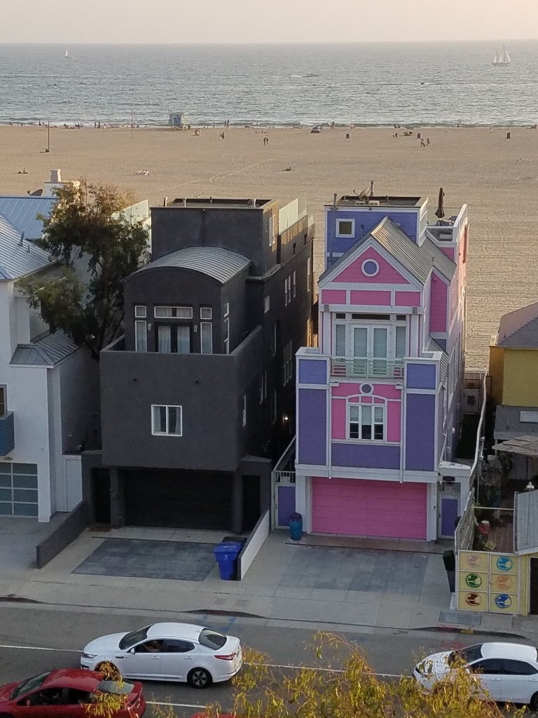 mitski and ariana grande dropping albums simultaneously near the end of summer