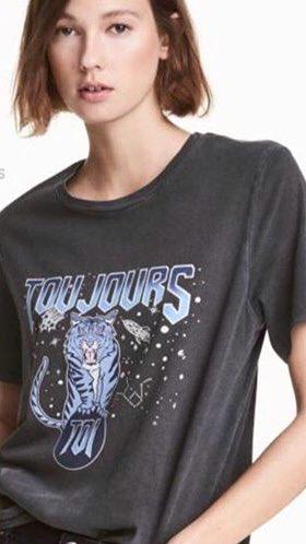 bu tişörtü alıp aldığım gün kestim, annem 10 saat dırdır yapmıştı. seninki daha güzel diyenler fav
