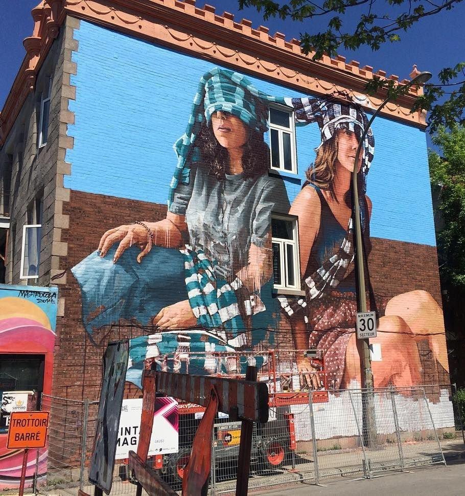 #streetart . #urbanart . #mural  By : Fintan Magee<br>http://pic.twitter.com/iQ0RzZgMUh
