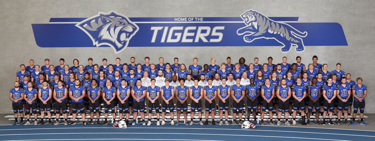 PREVIEW: New faces ready to make impact for DWU football in 2018  https://www. dwuathletics.com/sports/fball/2 018-19/releases/20180817ijmgfm &nbsp; …  (Photo courtesy of Photography Unlimited) #BleedBlue<br>http://pic.twitter.com/1rnA82sJ0F