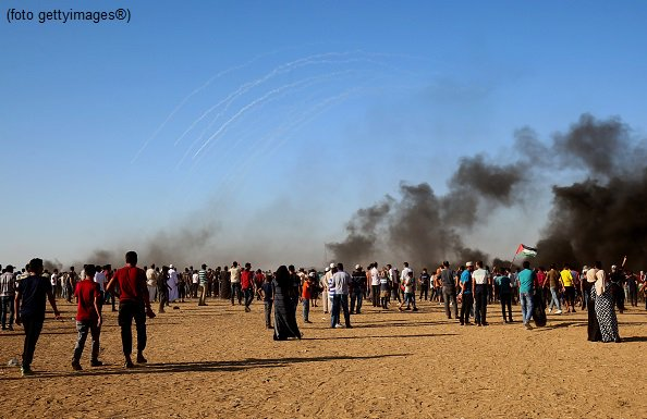 #UltimOra #Gaza, due manifestanti palestinesi uccisi, 270 feriti #Canale50  http://sky.tg/direttaskytg24  - Ukustom