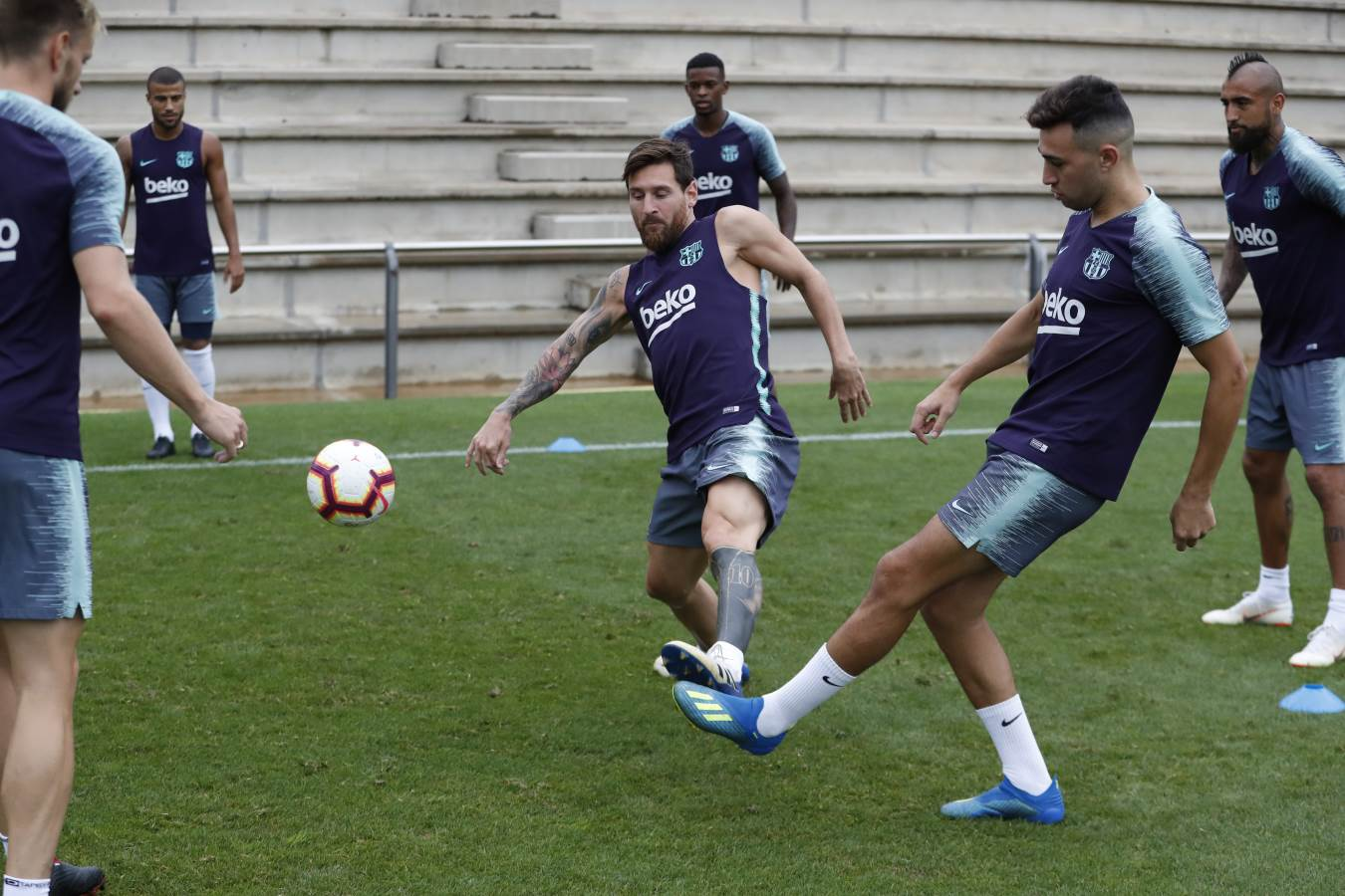 ��⚽ Training ahead of the first league game of the season, bring it on!  https://t.co/qbkWV5tq1Y