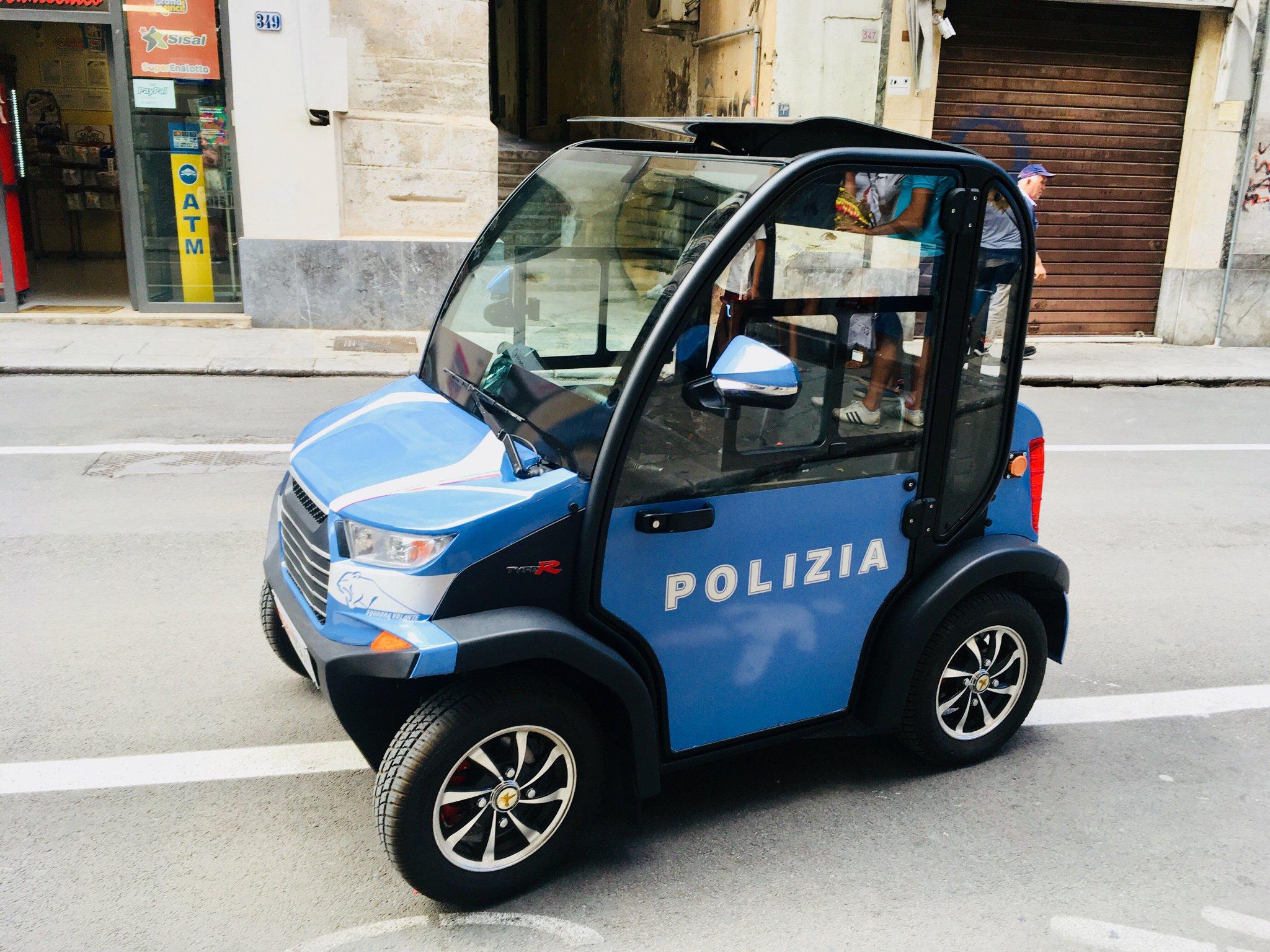 Polizeipferd, Palermo. https://t.co/PEK14JqvGU
