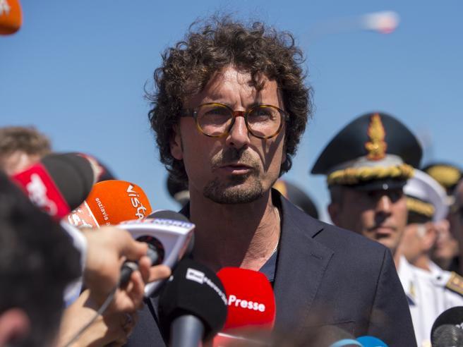 Toninelli: «Avviata la procedura  per revocare la concessione ad Autostrade» https://t.co/57ZVbqxT0a