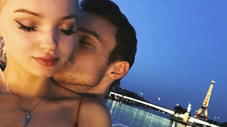 Our hearts! @DoveCameron and @thomasadoherty's love story is seriously too perfect. ❤️ >> https://t.co/ZKUuhgdu5o