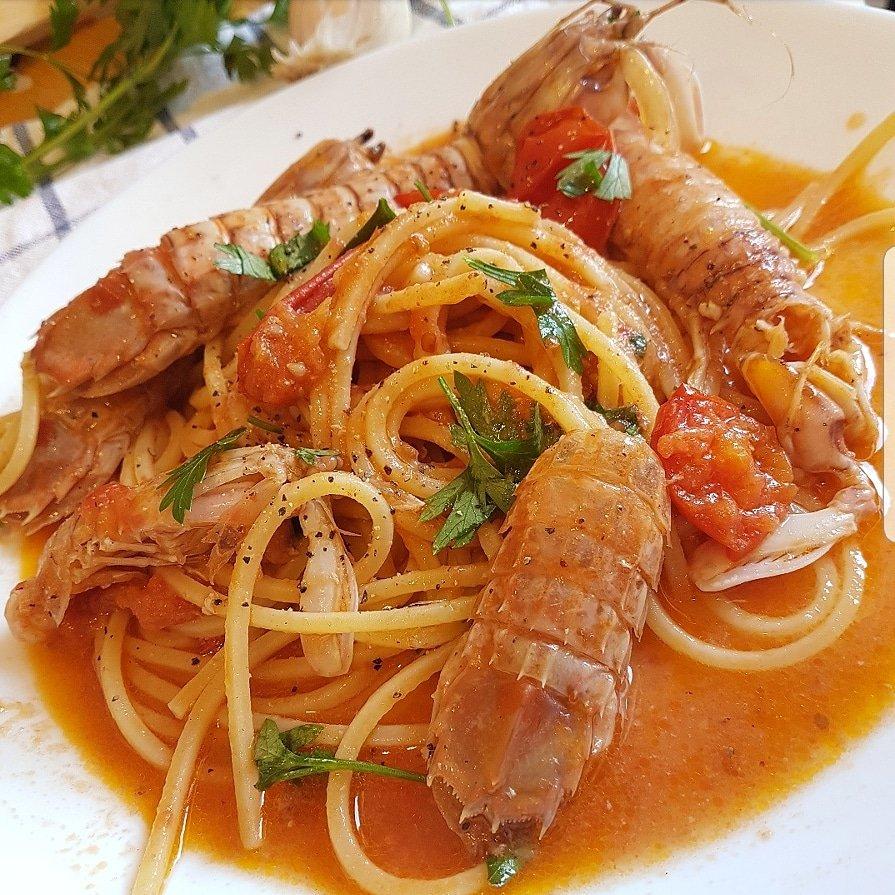Spaghetti con canocchie e pachino piccante....#food #cooking #cucina #LoveFood #follo4follo  - Ukustom