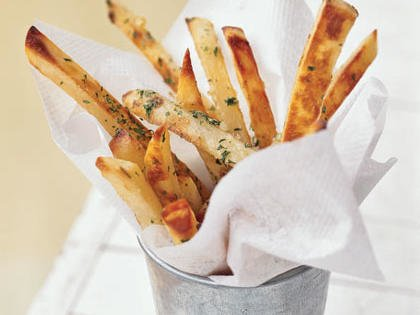 Yummy. #garlicfries #delicious  https://t.co/llXpGEhCIg https://t.co/Urb6wVFHMg