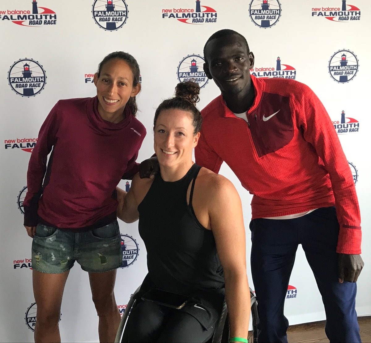 It&#39;s an invasion of champions! @des_linden @TatyanaMcFadden @Sksambu at #falmouthroadrace. 2018 #BostonMarathon winner here for 1st time; Official Starter for women&#39;s race then will jump in the pack. <br>http://pic.twitter.com/0m8TB7MoVz
