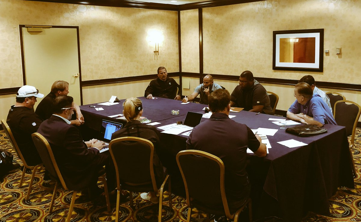 Full house here for production meetings in Los Angeles.   Kickoff tomorrow at 1:00 p.m. PT.  #RaiderNation<br>http://pic.twitter.com/GjeO1XohAo