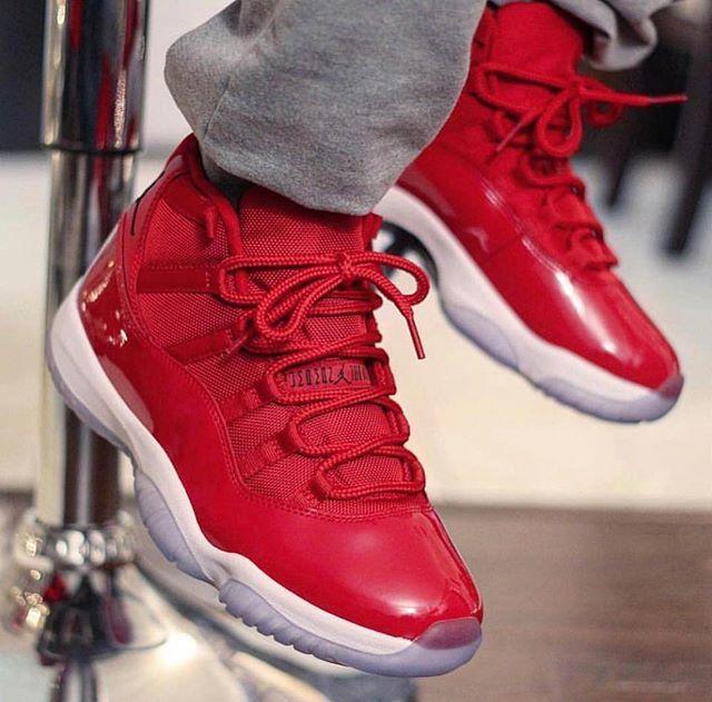 "f5cca17dce9 (Brand New) Air Jordan 11 ""Win Like 96"" (SIZE 9•9.5•10•10.5•11.5•13) in  store now. #PremiumKicksATL #Jordan11 https://ift.tt/2vUkYHl  pic.twitter.com/ ..."