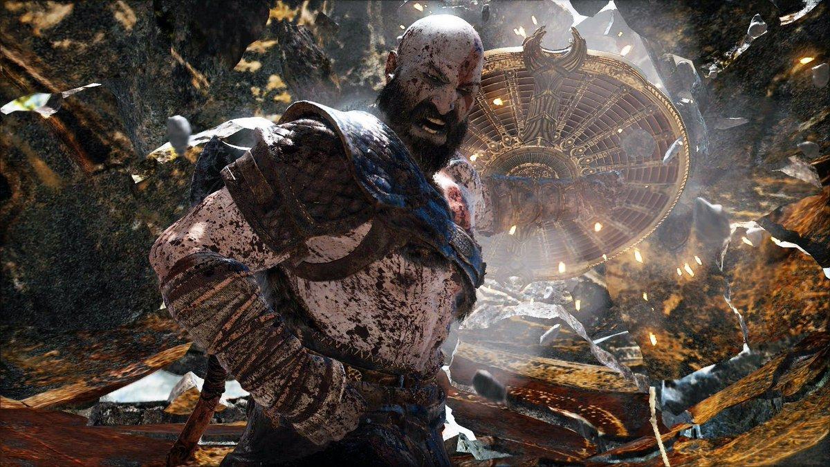 God of War&#39;s combat designer breaks down that first intense boss fight!    http:// go.ign.com/Ipyu32u  &nbsp;  <br>http://pic.twitter.com/tabuFSwdxC