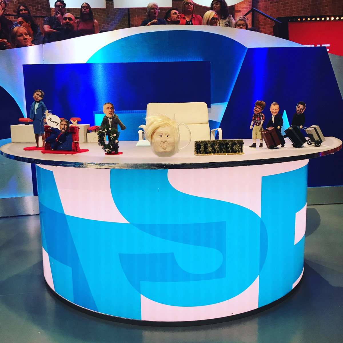 The last leg thelastleg twitter tune in tonight to see how we serve up a refreshing cup of this weeks newspicitterolxnrxfxno ccuart Choice Image