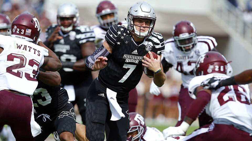 Blessed to receive my third offer from Mississippi State University <br>http://pic.twitter.com/EgPWhD9iGX