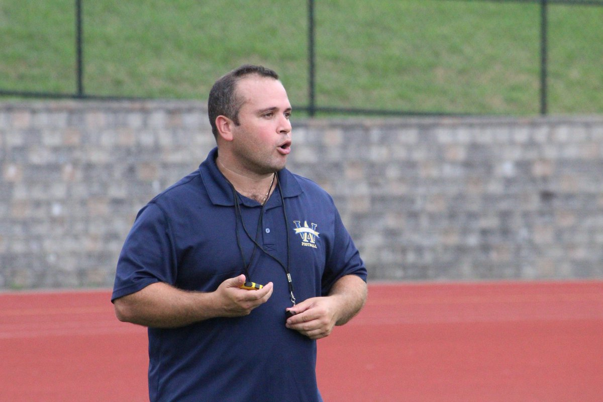 Some shots from today&#39;s tryouts at Memorial Field. Will be bouncing around at different football practices all of next week. Story on Coach Reggiannini will be out sometime next week as well. <br>http://pic.twitter.com/aEwiYh6zSF