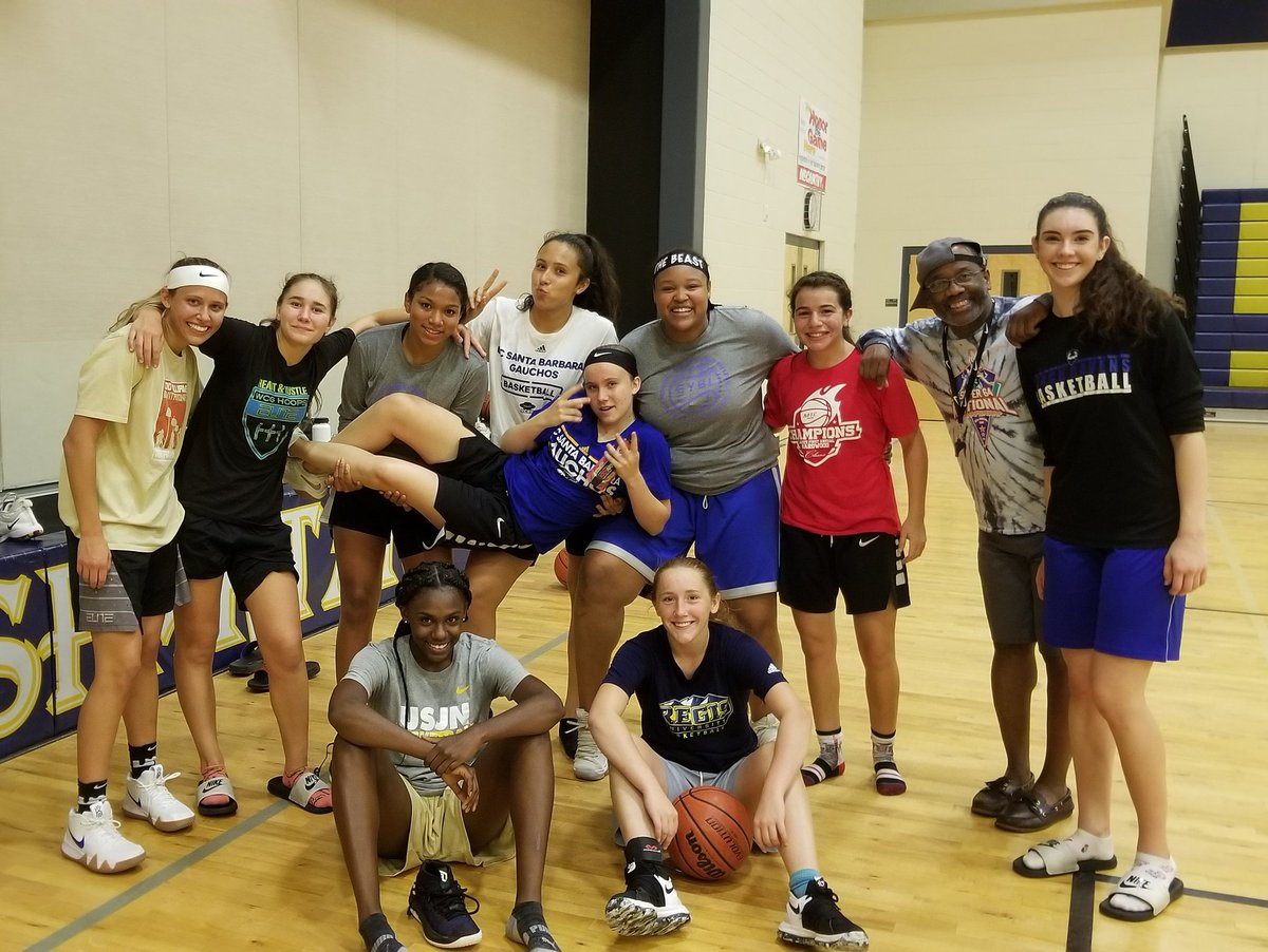 The crew got together the other day. Such a blessing. They will be playing in a charity tournament this weekend in the east valley. They play at 10 and 12 on Saturday at Hamilton in the 2nd Annual Be Unified Shirley Denning Tournament. Come support the cause! <br>http://pic.twitter.com/ew0ZENoRhT