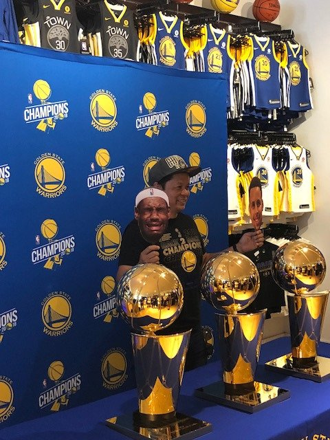 #DubNation, Come down to our @warriors_store Walnut Creek Location (2PM – 8PM) for your VERY OWN PHOTO OPP 📸 with the @warriors #LarryOBrien Trophies 🏆🏆🏆!!! Dont miss this #Golden Opportunity!