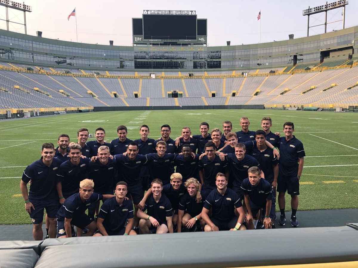 A great day of practice and sight seeing in Green Bay. Thank you @packers for the tour and Sammy's Italian for a great meal!   Plan, Prepare, Perform.  : Saturday August 18th : 7pm : Aldo Santaga Stadium @ Lambeau Field <br>http://pic.twitter.com/gBJqLHTGsq