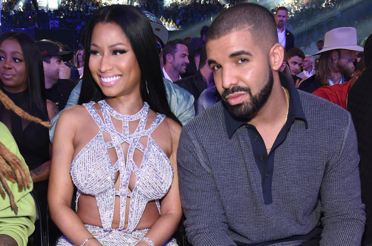 .@NickiMinaj says there was almost a @Drake collab on &#39;Queen&#39;  http:// blbrd.cm/NskEP7  &nbsp;  <br>http://pic.twitter.com/i3YWWCRO0h