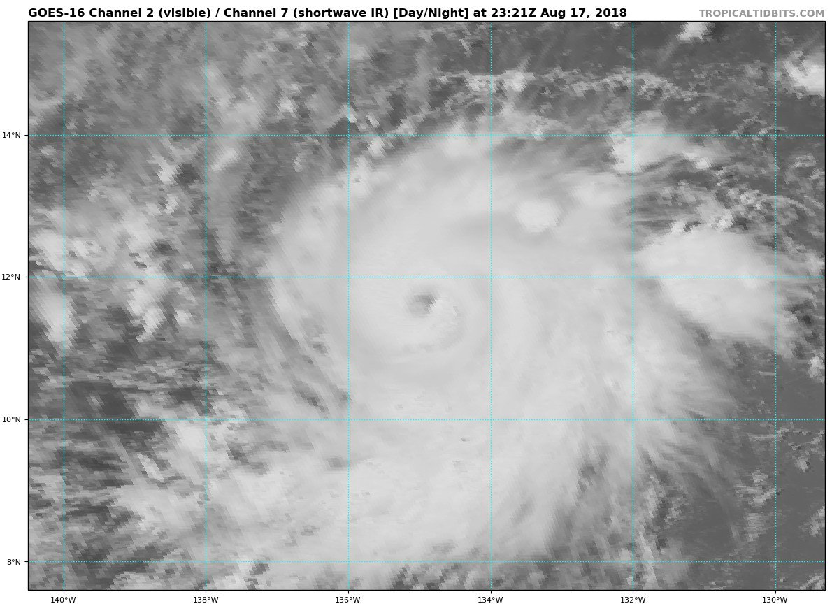Hurricane Lane is now a Category 3 storm  Begining to wonder if hurricane Chris was ever a cat 3 storm <br>http://pic.twitter.com/1CLbJLkFPd