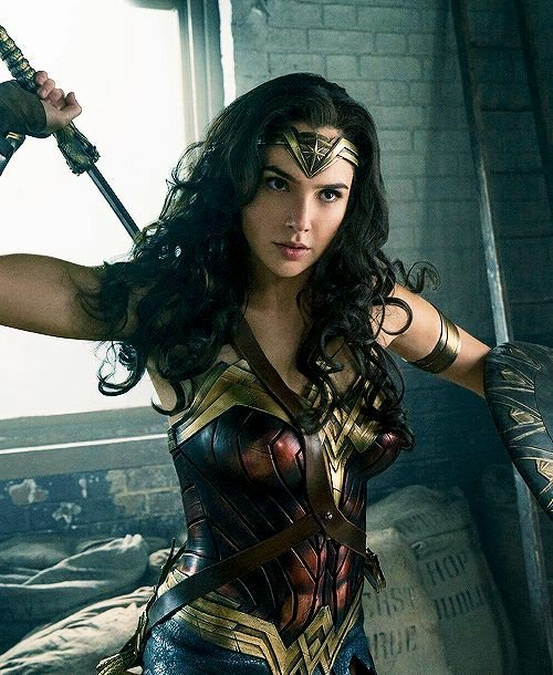&quot;Its about what you believe, and I believe in love. Only love will Truly save the world&quot;    Bella Allen (Dawson)  Alias: Diana Prince, Wonder Woman  Teacher at CCCHS   Member of the Justice League   Ships w/ @barry_flash4  OC friendly   Fc: Gal Gadot <br>http://pic.twitter.com/3fSSTulWpg