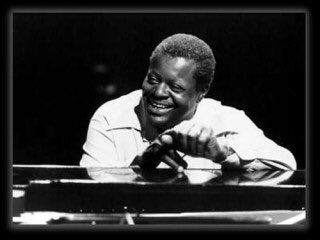"""#nowplaying : Oscar Peterson Trio - """"The Birth of the Blues""""  https:// youtu.be/zdsSjUEo-Cw  &nbsp;    #Jazz<br>http://pic.twitter.com/OPE8E6toQC"""