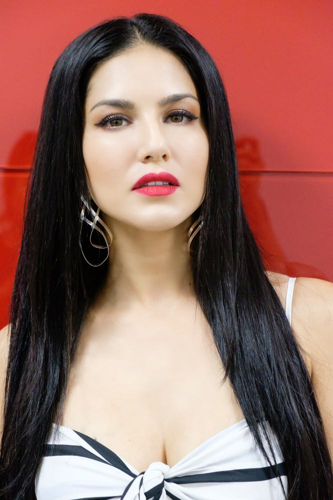 Sorry, this Foto bugil sunny leone right!