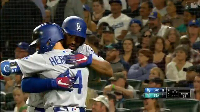 Just one of five. ��  #Dodgers High-Flying Homers presented by @emirates: https://t.co/5xv7JAdb3b https://t.co/fw8TfyFQ03