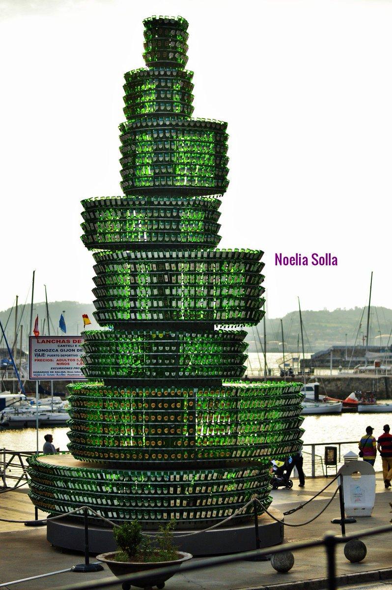 Algunas obras de arte, se beben 😊 nuestra #Sidra Por ejemplo 💚🍏 Hoy comienza El #27FestivalDeLaSidra de #Gijón Tienes hasta el día 26 para disfrutarlo 🥳 PROGRAMA 👇👇👇 gijon.es/eventos/show/4… #TuiteraDeGijón