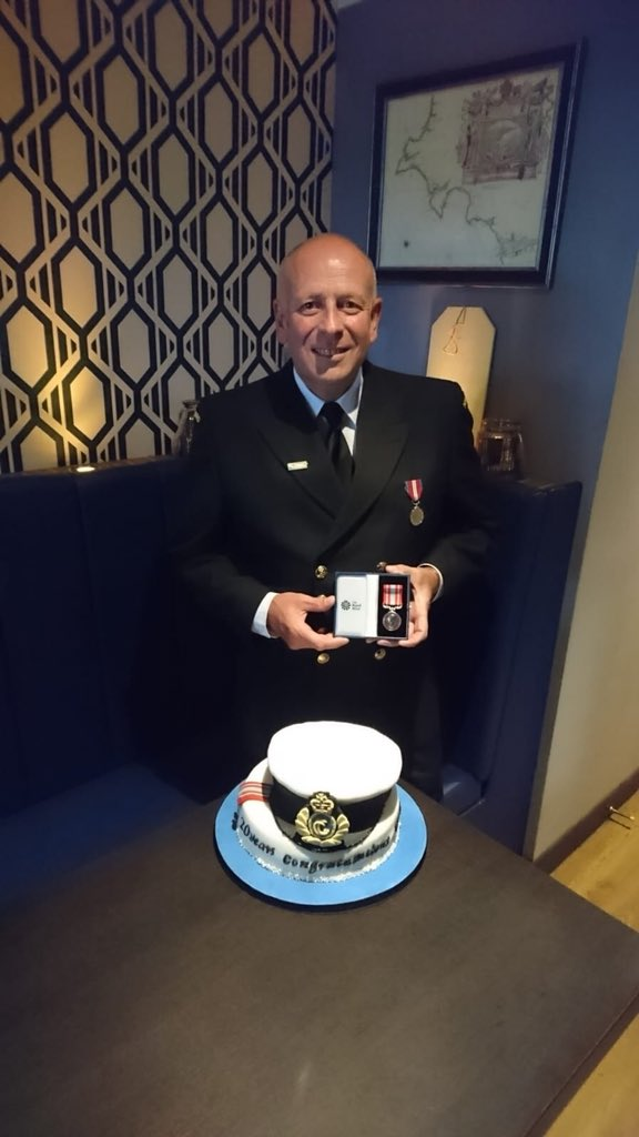 Last night I had the privilege of presenting Nick (@TorbayCRT) with his long service medal. We also worked out that Nick has been around for some 3000 incidents, affecting literally THOUSANDS of people's lives. What a guy! Thanks Nick, it's an absolute pleasure to work with you! <br>http://pic.twitter.com/ZdMtLZ4gYJ