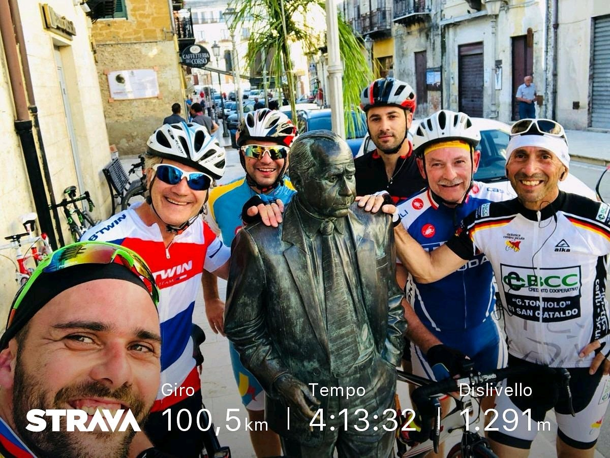Giretto con #amici #mtb #mountainbike #TheBikersOfSanCataldo #scott #bikers #bici #bicicletta #Sicilia  - Ukustom