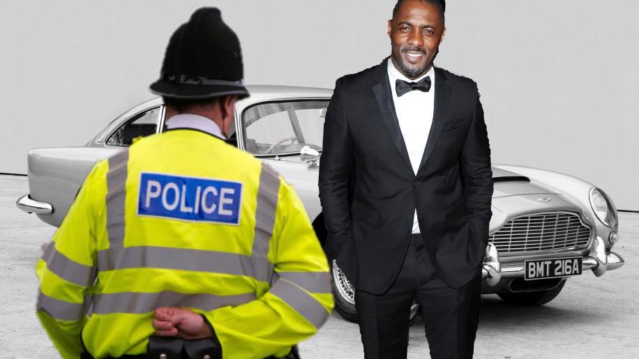 Leaked Bond script just ninety minutes of Idris Elba&#39;s Aston Martin being stopped by police   https:// rochdaleherald.co.uk/2018/08/18/lea ked-bond-script-just-ninety-minutes-of-idris-elbas-aston-martin-being-stopped-by-police/ &nbsp; … <br>http://pic.twitter.com/A1pGli8vOi