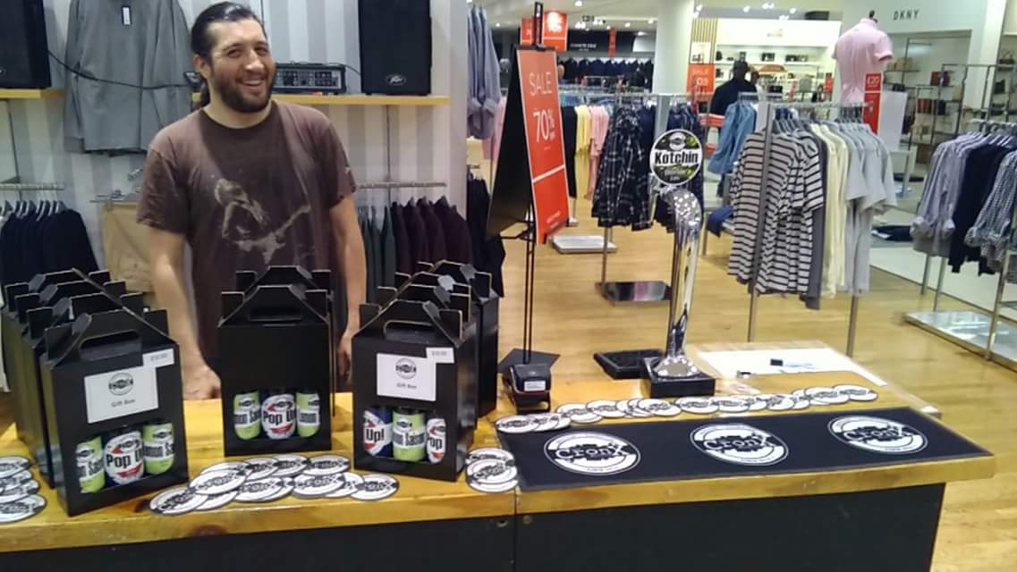 We&#39;re in House of Fraser Today selling gift boxes and some delicious Kotchin on tap! If you&#39;re out and about today come say hello.  #TheCronx #Croydon #HouseOfFraser #CraftBeer<br>http://pic.twitter.com/K7cD53aopu