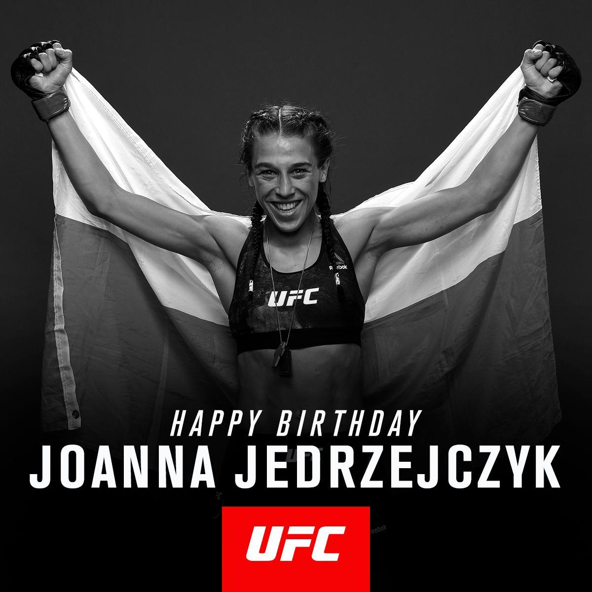 RT to wish @JoannaMMA a very happy birthday!
