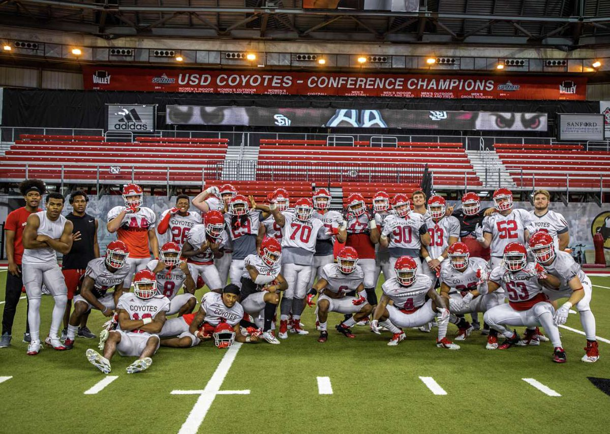 Welcome to the Brotherhood  #goyotes #Redline <br>http://pic.twitter.com/ZWymZAy7rY