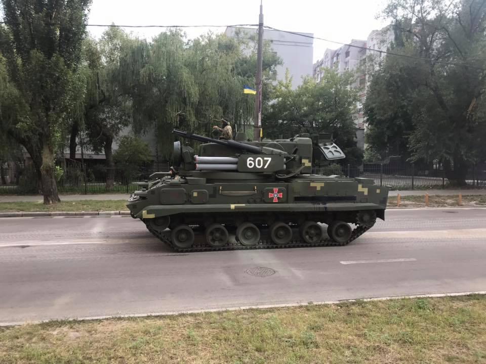 Репетиція військового параду до Дня Незалежності відбувається на Хрещатику в Києві - Цензор.НЕТ 6592