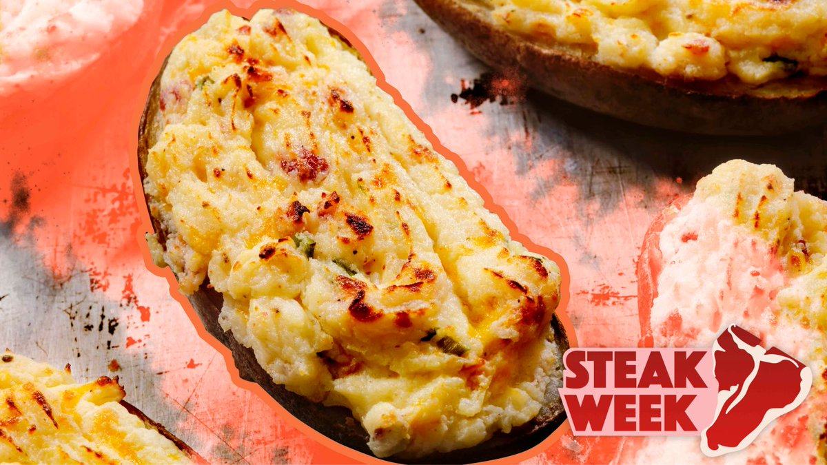 Make Ultra Deluxe Twice-Baked Potatoes, worthy of the most sumptuous steak houses trib.al/mJsk5ue