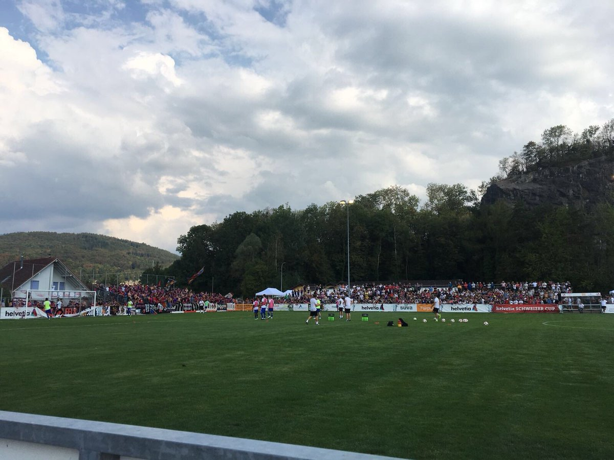 Great cup atmopshere here in Montlingen! 🏆 #FCBasel1893 #zämmestark
