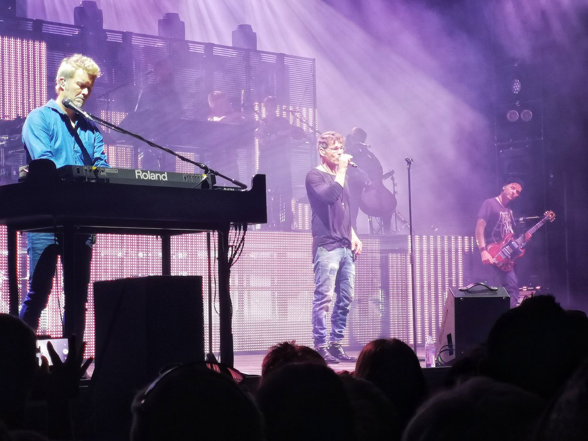 #throwback to @aha_com at Sick-Arena in Freiburg #electricsummer2018 #aha #magnefuruholmen #mortenharket #palwaaktaarsavoy