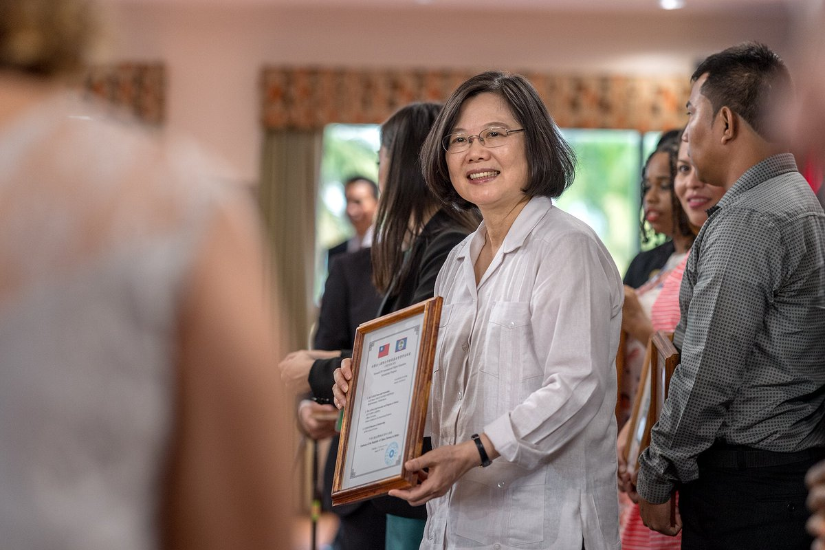 test Twitter Media - #Investing in #education is one of the most worthwhile decisions a government can make. I was pleased to present scholarships to 29 deserving recipients. By supporting #Belize's best & brightest, I know #Taiwan is playing a key role in the country's social & economic development. https://t.co/NoMjKuFhrC