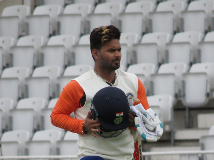 He got his Test cap in the morning and now becomes the first Indian batsman to open his account with a six! Oh hello @RishabPant777! #ENGvIND Photo