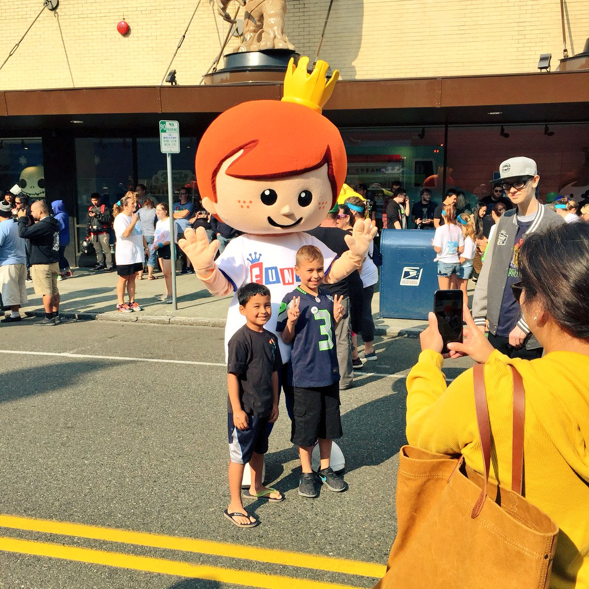 Freddy Funko and Tumblebee are here to celebrate Wetmore Forest! #WetmoreBlockParty